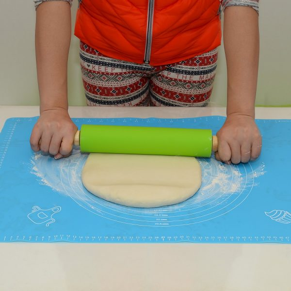 silicone baking mat with Measurements (3)