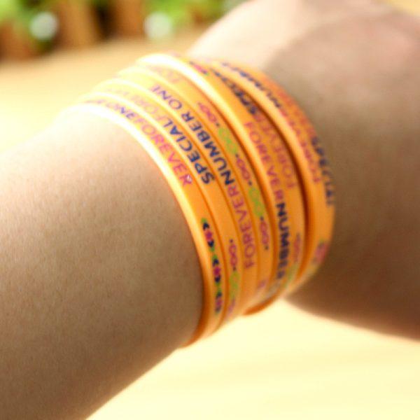 Slim silicone wristband (7)