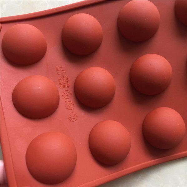 semicircle cake mold (1)